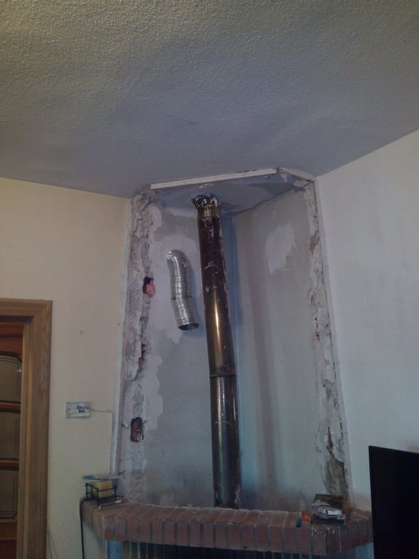 Brico distribuci n de calor de chimenea de le a - Chimeneas para calefaccion por agua ...