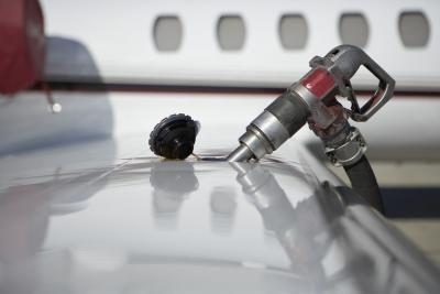 Como del depósito tomar la gasolina