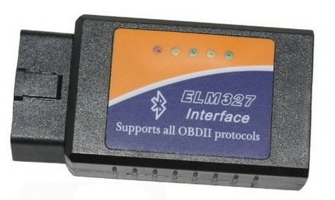 dispositivo OBD2 con cinco leds y conector