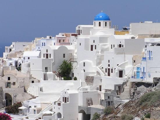 Casas blancas. Pueblo griego de Santorini