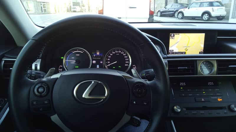 is300h interior